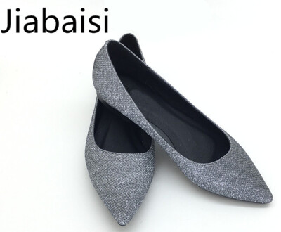 Jiabaisi Women Flats Pointed Toe nails patent Flats Slip On low heel shoes Large Size Wedding Party Casual Basic Shoes