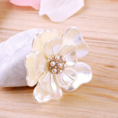 Brooches-Luxury Elegant Women Faux Shell Pearl Vintage Flower Brooch Pin Brooches on JD